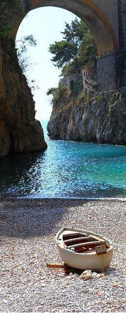 Vettica, Campania, Italy http://www.HotelDealChecker.com