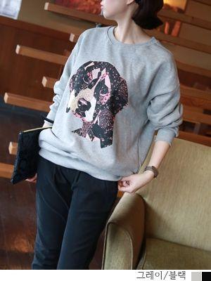 korean fashion online store [COCOBLACK] Golden mtm / Size : FREE / Price : 45.37 USD #korea #fashion #style #fashionshop #cocoblack #missyfashion #missy #top #tee #mantoman #dailylook