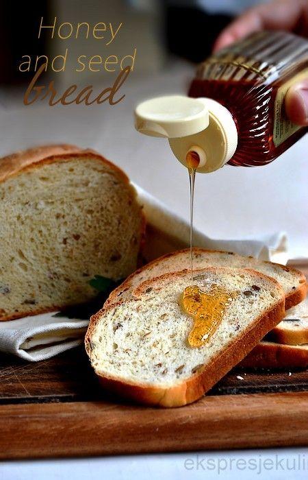 Chleb na miodzie z ziarnami