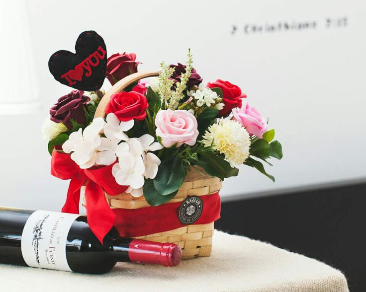 """- 15 roses soap flowers assorted color flowers. - Measures appoximately H 10 1/2""""(27cm) W 5.6""""(15cm) - Includes at least 2 different Bushes and Bushes will vary - ITEM # : M1629 - Price : $100 - Delivery : fee not included email us for detail of delivery #www.keziaherez.com #Order keziaherez@gmail.com #mother's day gift #happybirthday gift #valentinesday gift #soapflower #love #flower stagram #flower"""