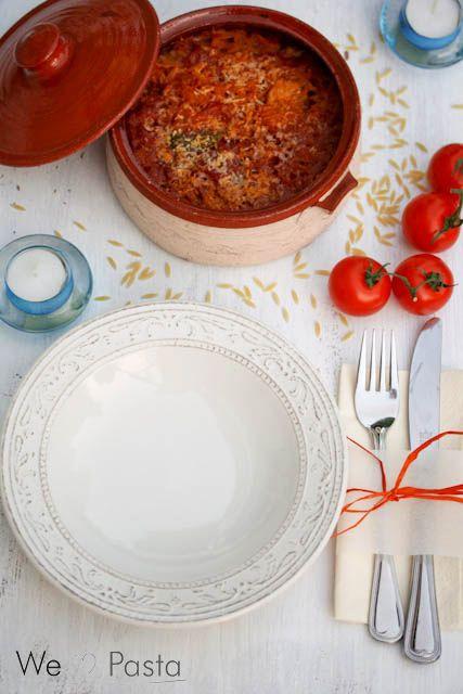 Giouvetsi mit Hühnchen: Ein griechisches Essen wie zu Hause! Im Ofen geschmorte Nudeln in einer feinen Tomatensauce, Aroma pur und schnell und einfach gemacht als Abendessen!