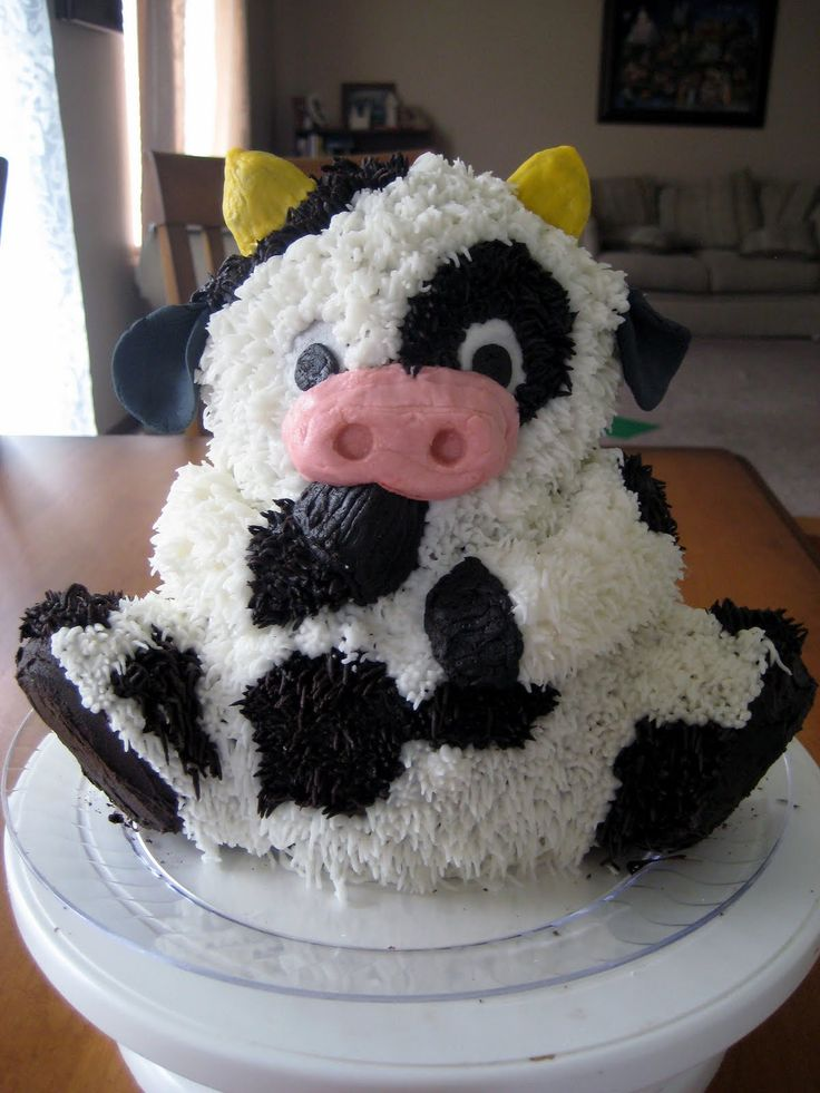 17 Best Ideas About Cow Cakes On Pinterest Cow Birthday