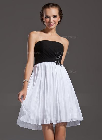 Special Occasion Dresses - $113.99 - A-Line/Princess Strapless Knee-Length Chiffon Homecoming Dress With Lace Beading Sequins Pleated (022003207) http://amormoda.com/A-line-Princess-Strapless-Knee-length-Chiffon-Homecoming-Dress-With-Lace-Beading-Sequins-Pleated-022003207-g3207