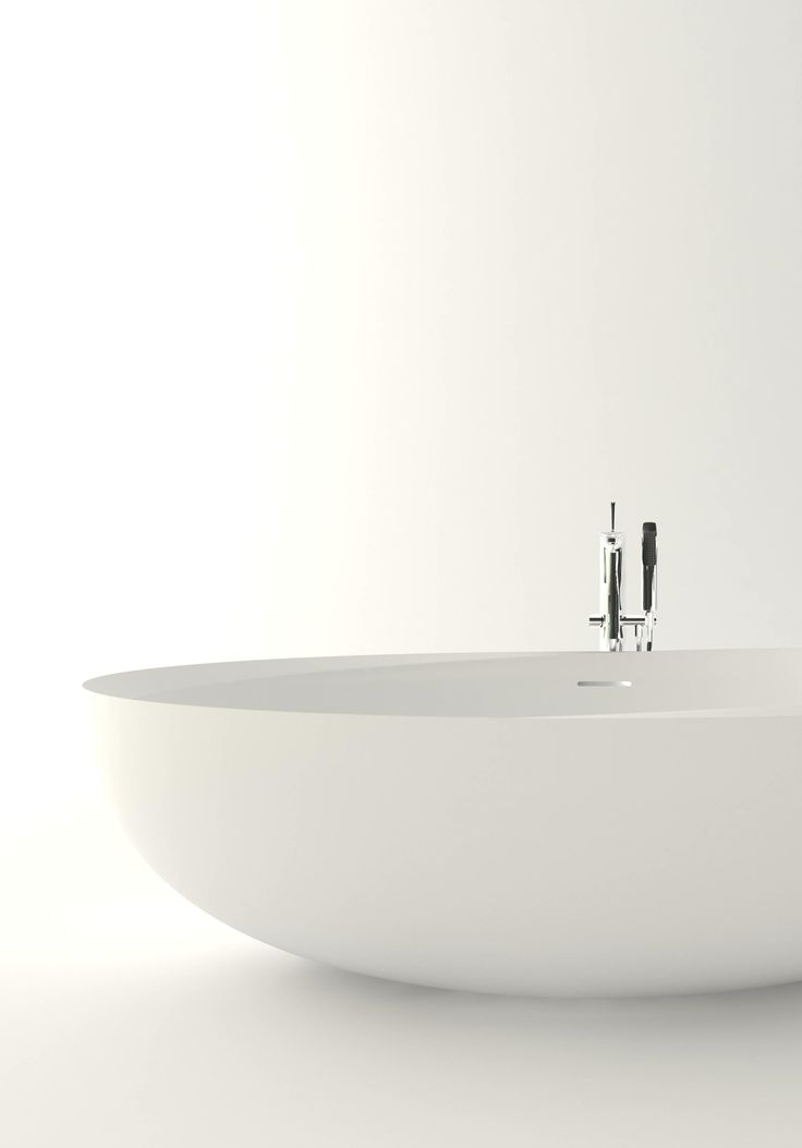 I Bordi #bathtub in the stand-alone version imbues every setting with that primordial force #bathroom #Autoritratti