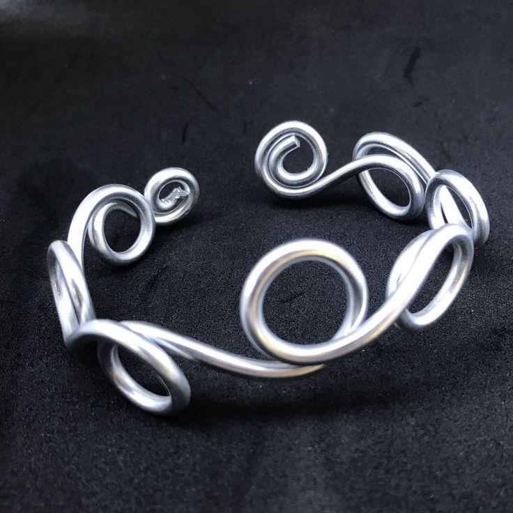 Silver Cuff Bracelet / Silver bracelets for Women / Wire Jewelry / Wire Wrapped Jewelry / Infinity Bracelet by TheThirteenthElement on Etsy https://www.etsy.com/ca/listing/567297033/silver-cuff-bracelet-silver-bracelets