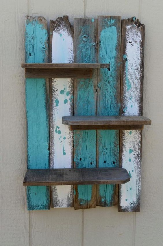 #DIY #upcycled #pallet decorative wall #shelf. Via: http://www.99pallets.com/pallet-furniture/diy-pallet-decorative-wall-shelf/