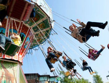 #Linnanmäki #amusement #park is the perfect place to visit with the #family.  Photo: Petri Artturi Asikainen/Linnanmäki #Helsinki