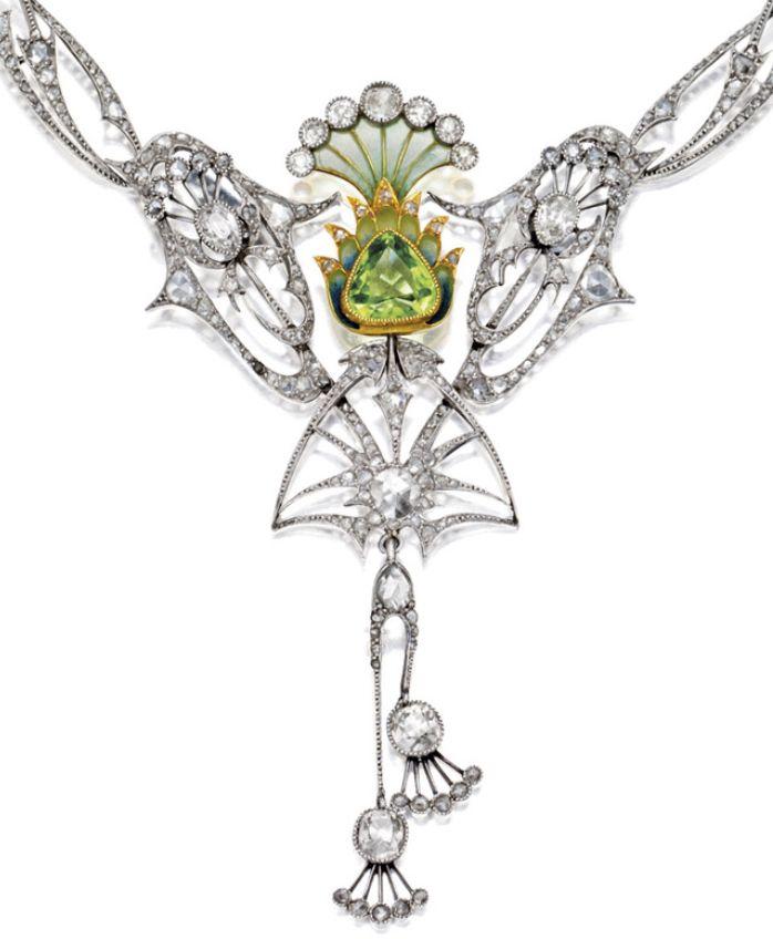 Detail: Art Nouveau plique-à-jour enamel, peridot…