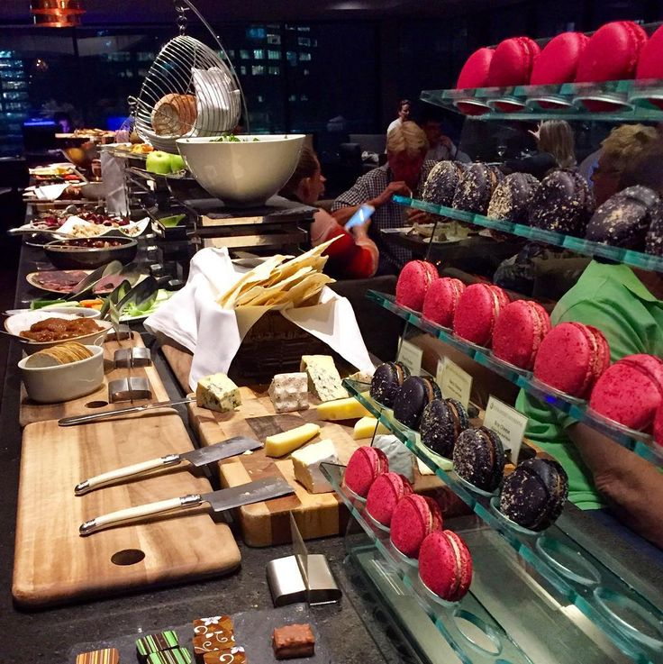 Working the cold canapés from the sweetest end - #chocolate & #macarons @intercontinental Sydney Club Intercontinental Live the #intercontinentallife #ilovesydney #instatravel #travelwriter #magnificentmoment #delicious #seeaustralia