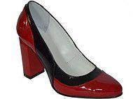 Женские кожаные туфли-лодочки на высоком каблуке