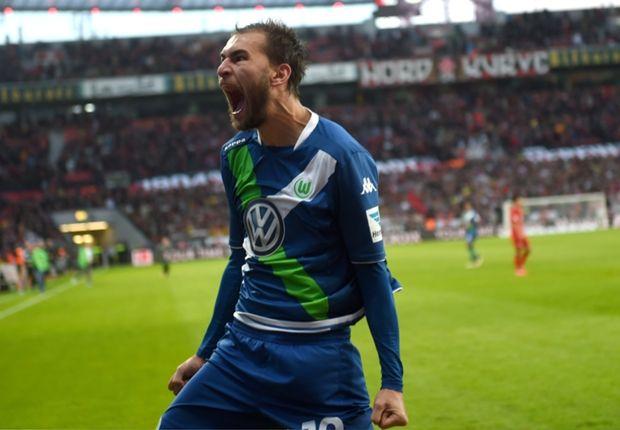 Bas Dost Girang Kalahkan Bayer Leverkusen Skuad – Striker Wolfsburg, Bas Dost menyambut hangat kemenangan atas Bayer Leverkusen di...