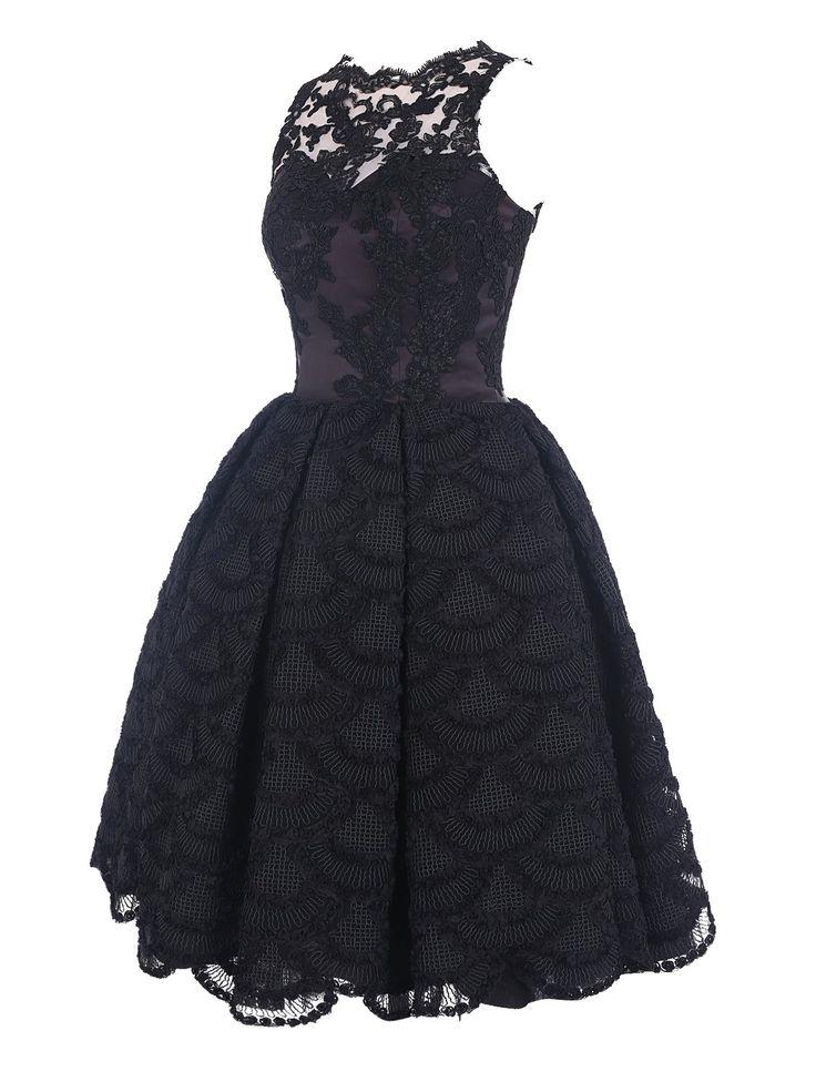 die besten 17 ideen zu abendkleid schwarz auf pinterest schwarzes cocktailkleid schwarzer. Black Bedroom Furniture Sets. Home Design Ideas