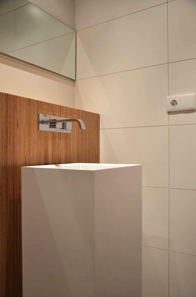 Thanks to Patrícia Silva for sharing with us! ___ #bathroom #design #madeinitaly ___ TESO P #washbasin » www.signweb.it/prodotti/teso-p/