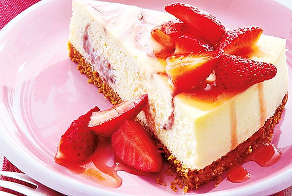 Strawberry Swirl Cheesecake | Yum, Yum - Desert | Pinterest