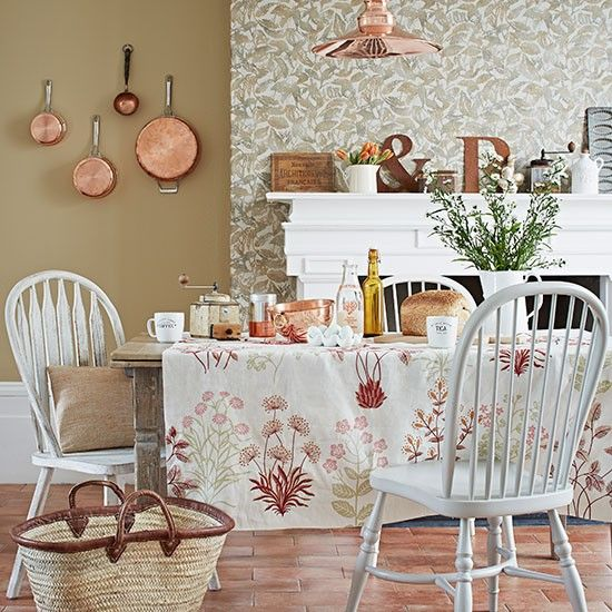 Esszimmer Wohnideen Möbel Dekoration Decoration Living Idea Interiors home dining room - Esszimmer mit Kupfer-und Terrakotta-Fliesen