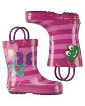 Crafted with fun flowers and two handles for an easy pull-on design, these cute Western Chief® rain boots are ready for puddle jumping!
