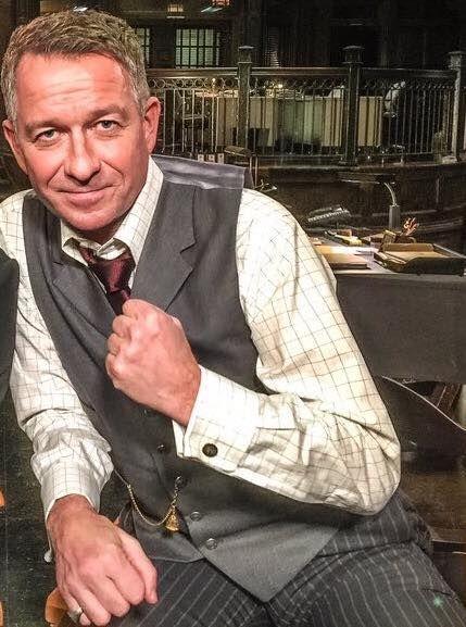Sean Pertwee as Alfred on set of Gotham