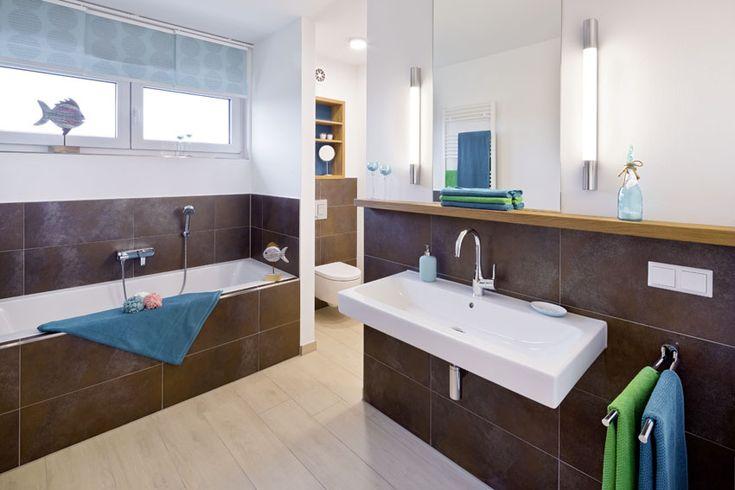 Großartig Ihr Bad Mit Badewanne Im Heinz Von Heiden Musterhaus In Lohfelden   Badezimmer  Justus