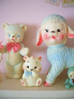 Nana had a bunch of this stuff in a glass cabinet...I thought they were kinda creepy back then (and still do, lol)