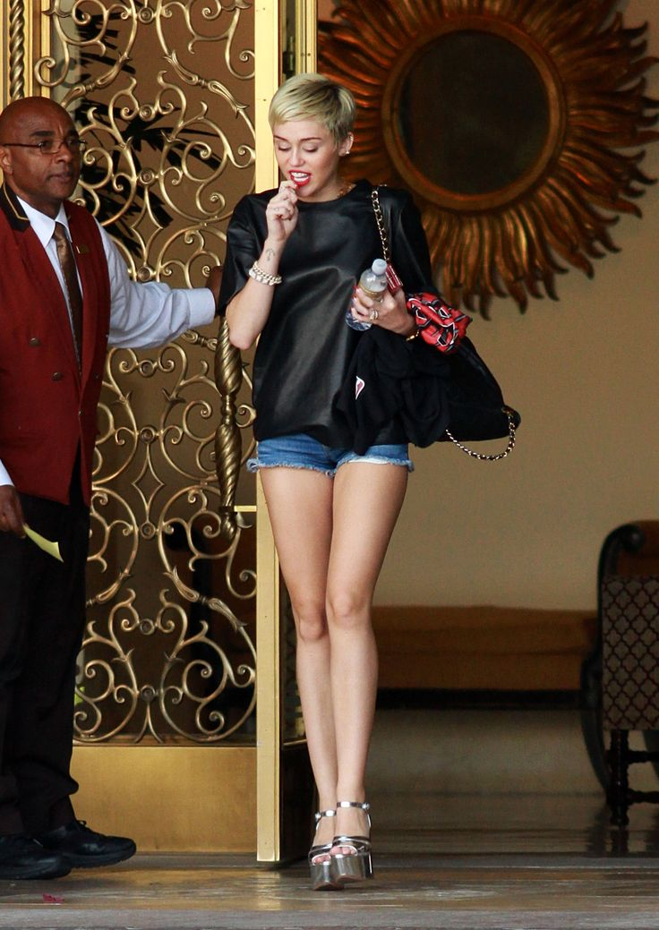 Miley Cyrus Still Wearing Engagement Ring And Hot Pants