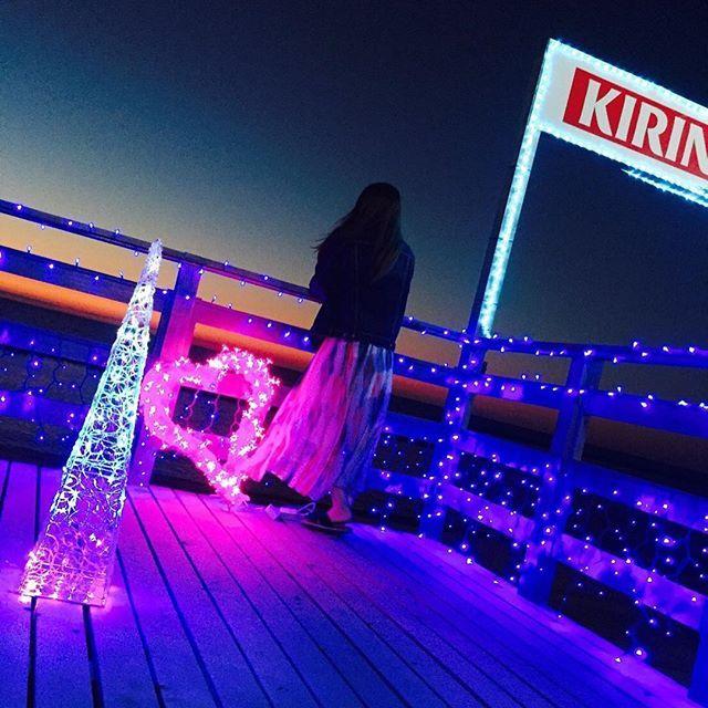 KIRIN関屋浜海の家  今年のオープン日は6月24日‼️ . 今年は海でイルミネーションやっちゃうよ〜〜💖✨. . 夜の海でも楽しめちゃうこと色々用意してるので オープンしたら遊びに来てね😎✨ お待ちしてます♪( ´▽`) . . #KIRIN関屋浜海の家 #関屋浜 #seahouse #関屋 #新潟 #niigata #海 #sea #beach #summer #手ぶらで #BBQ #肉 #子供向け #子供が喜ぶ #無料イベント開催 #event #一人飲み #夜景 #イルミネーション #illumination #恋人 #デートスポット #couple #女子会 . 〒951-8134 新潟県新潟市中央区関屋1-24 TEL 025-378-3775 ・ 070-1580-8674
