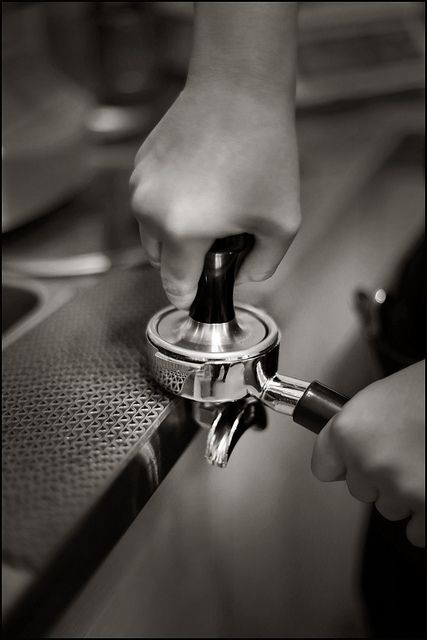 Tamping by RoasterOnTheRoof, via Flickr