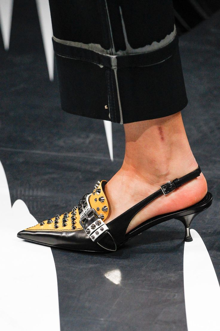 Vogue's Ultimate Shoe Guide Spring/Summer 2018