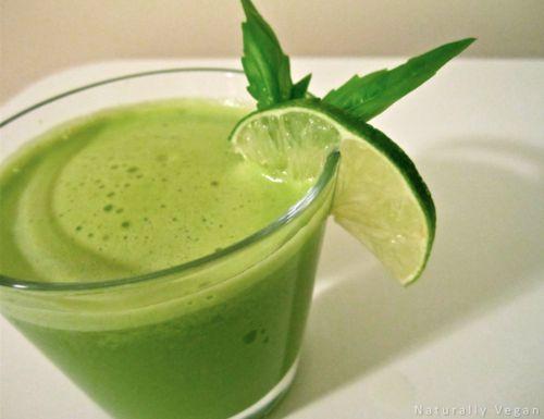 Rainy Morning Juice.  Green apple, orange, kale and basil… love basil!
