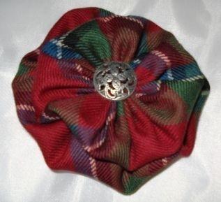 Tartan flower brooch