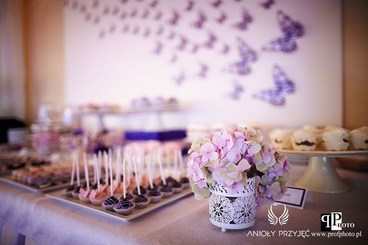 16. Butterfly Wedding,Sweet table decor   Sweets,Butterfly decor / Motylkowe wesele,Dekoracja słodkiego stołu,Motylkowe dekoracje,Anioły Przyjęć