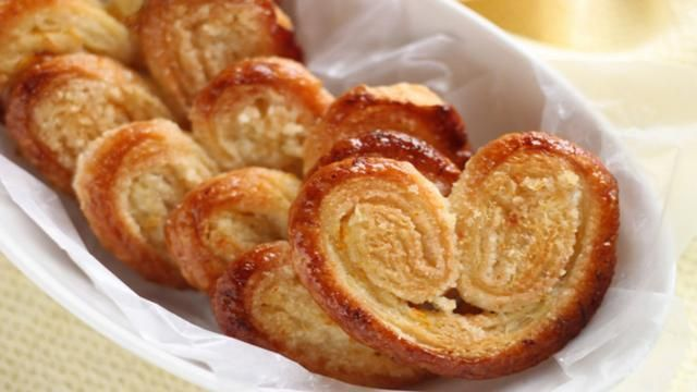 French Cuisine Pastry are Sweet and Crunchy !