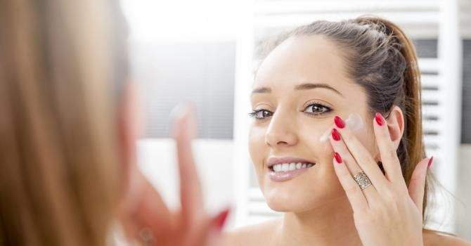 Quelle routine soin adopter quand on a la peau mixte ?