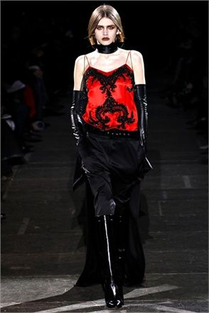 Gothic - from Fall Winter 2012-13 collections. Click on the photo to see Vogue Italia's choices.: Paris Fashion, Fashion Week, Fall 2012, And 201213, Gothic Chic, Winter 201213, Fall Winter, Givenchy Fall, Riccardo Tisci