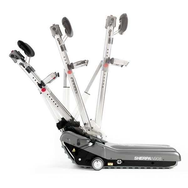 Seguimos evolucionando las orugas. En este caso, la Sherpa N908 nos aporta un sistema de ayuda al acoplamiento de la silla de ruedas. http://www.cuiddo.es/oruga-salvaescaleras-sherpa-n908.html