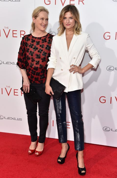 louisa-gummer-the-giver-premiere-outfit