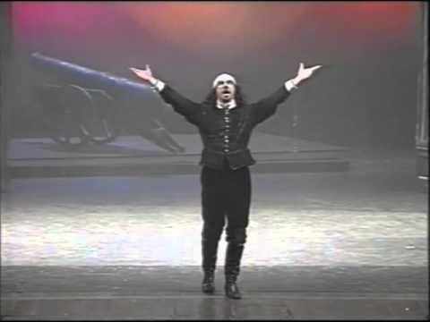Cesena, 21 febbraio 2001,  Cirano di Bergerac, di Edmond Rostand, regia di Giuseppe Patroni Griffi con Sebastiano Lo Monaco.  Il 21 febbraio del 2001 recitavamo a Cesena, nello splendido Teatro Bonci, quel giorno il nostro regista compiva 80 anni e Sebastiano Lo Monaco invitò il pubblico del Teatro Bonci a fare gli auguri a Peppino via telefono. Bellissimi ricordi.  Il video, ritrovato in archivo, è una copia di un vecchio nastro vhs, la qualità è scadente ma le emozioni sono intatte.