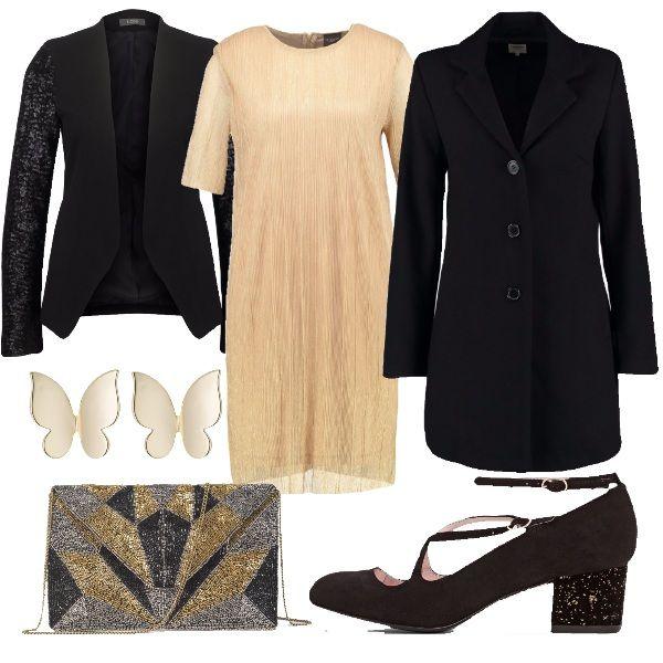Vestito gold colour con scollo tondo, blazer nero con maniche ricoperte di paillettes, cappotto nero corto con bottoni, ballerine nere con cinturino e con tacco ricoperto da paillettes, pochette ricamata con perline e orecchini in metallo dorato.