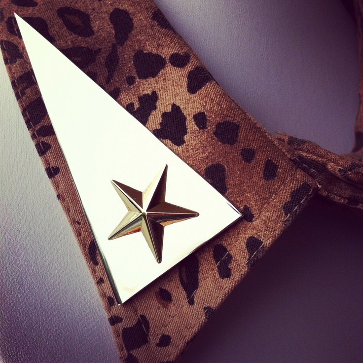 Star collar cuffs