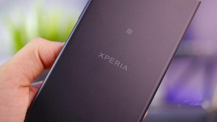 Un prototype de Sony Xperia XZ2 Compact nous montre le présumé nouveau design Sony