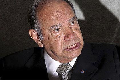 """Segundo o Editorial da Folha, o livro do coronel Carlos Alberto Brilhante Ustra (1932-2015), """"A Verdade Sufocada"""", é um dos livros mais vendidos do Brasil."""