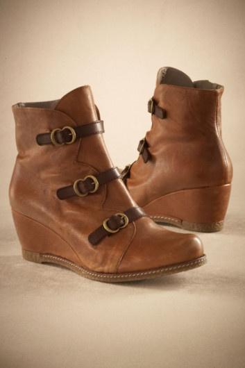 Lena Wedge Boot - Womens Short Boot, Spanish Leather Boot, Zipper Boot | Soft Surroundings