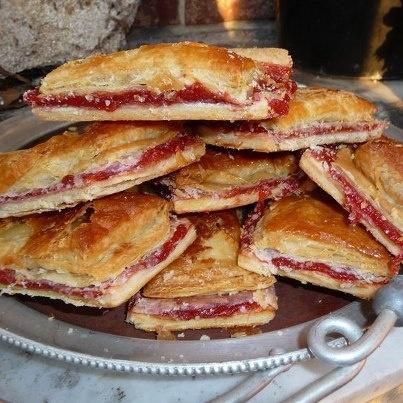 Pasteles de Guayaba (Guava Pastries)