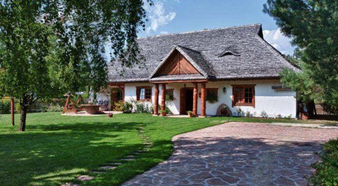 Zespół mieszkaniowy Stary Sad zbudowany przez Dworek Polski