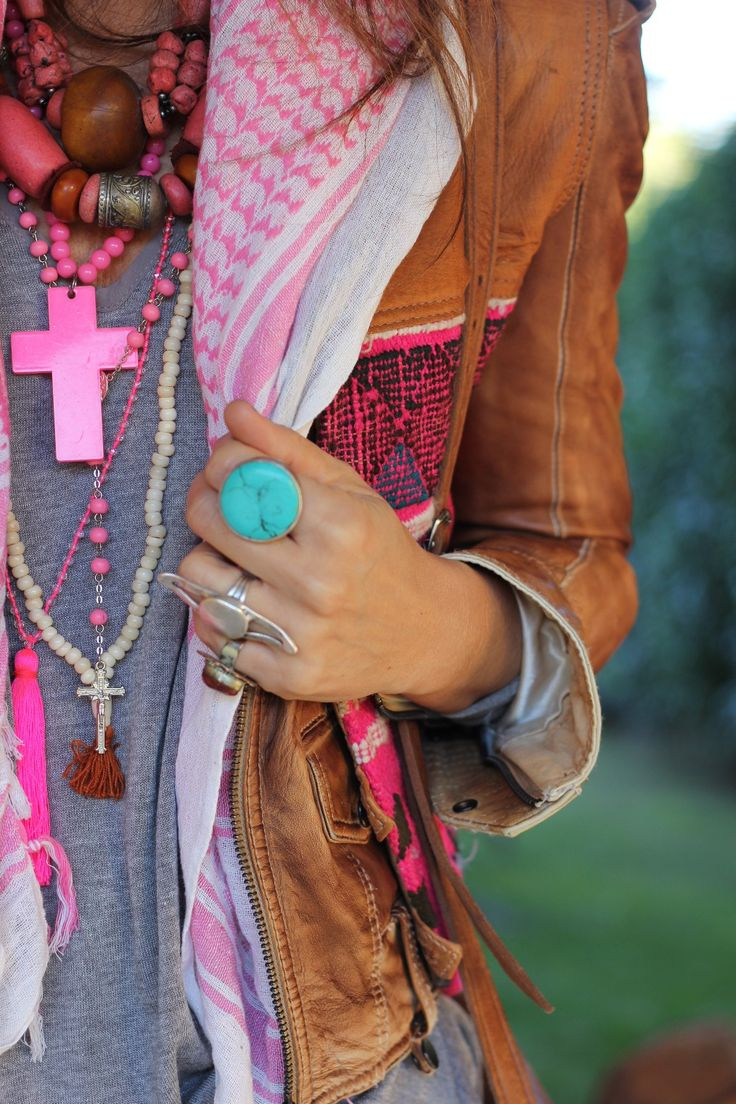 Layers of color and fun for spring. Pink and turquoise.