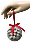 Houndstooth Christmas ornament for the bammers. The ones i make are prettier...just sayin.