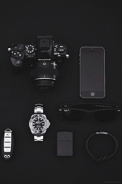 DR Style . Total Black . Man Fashion . Blackstyle . Men's Apparel . Style Clinic . Eyewear . Reflex . iPhone . Watch . Man Stuff .