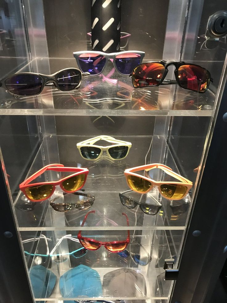Member GamerGuySam is running out space for his Oakley Collection - Check out the pics: https://www.oakleyforum.com/threads/so-it-came-up-in-passing-today.81357/