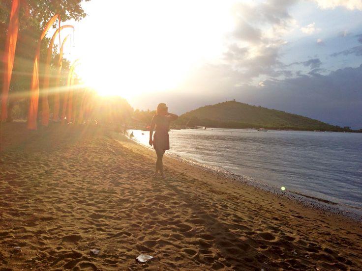 Waiting for sunset, pemuteran, Bali. #RoadTrip