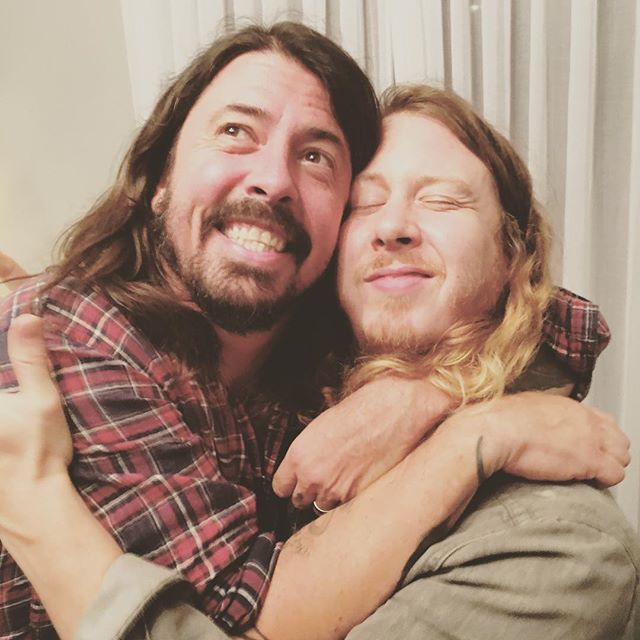 @benkweller - Hell to the yeah. #davegrohl #harmoniesfordays