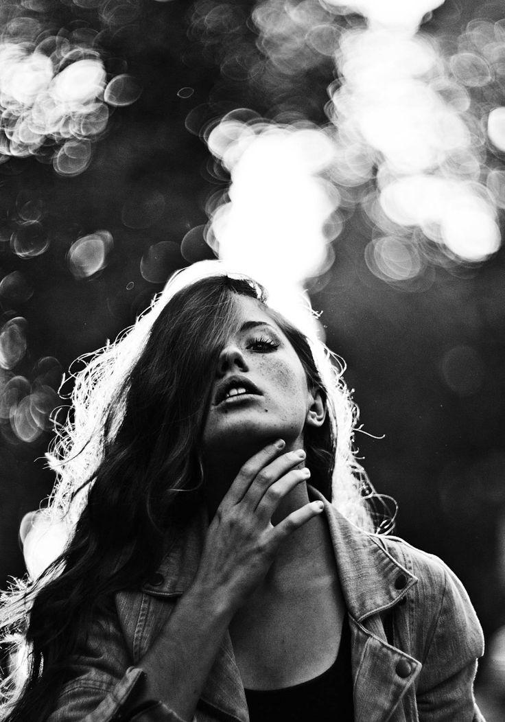 Red ; Marta Syrko   Photographer